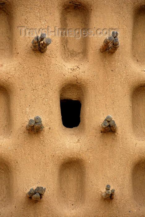 mali73: Bandiagara Escarpment area, Dogon country, Mopti region, Mali: wall detail of mud brick Mosque - photo by J.Pemberton - (c) Travel-Images.com - Stock Photography agency - Image Bank