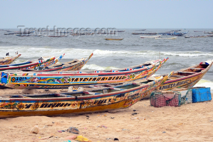 mauritania33: Nouakchott, Mauritania: traditional wooden fishing boats aligned along the beach - fishing harbor, the Port de Pêche - photo by M.Torres - (c) Travel-Images.com - Stock Photography agency - Image Bank