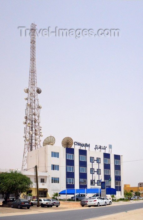 mauritania74: Nouakchott, Mauritania: large telecom antenna and the offices of Chinguitel,a  telecoms operator - photo by M.Torres - (c) Travel-Images.com - Stock Photography agency - Image Bank