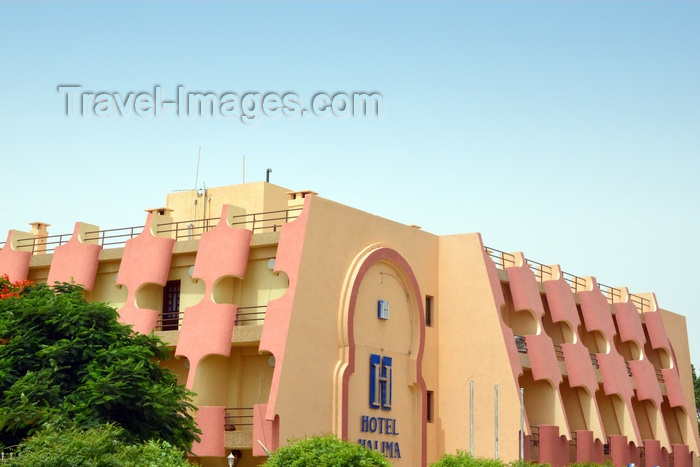 mauritania75: Nouakchott, Mauritania: the Hotel Halima, a local landmark - photo by M.Torres - (c) Travel-Images.com - Stock Photography agency - Image Bank