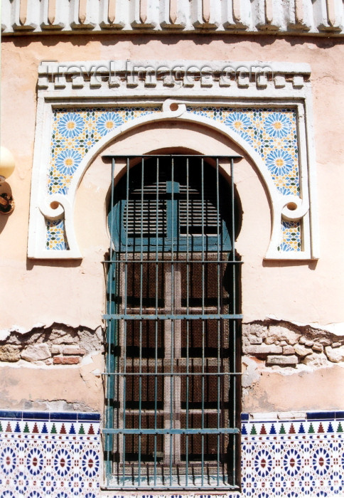 melilla22: Melilla: central mosque - window detail / Mezquita central - ventana - arquitecto Enrique Nieto y Nieto - photo by M.Torres - (c) Travel-Images.com - Stock Photography agency - Image Bank