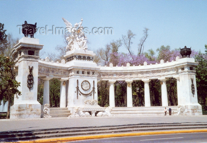 mexico1: Ciudad de Mexico / Mexico City / MEX : Monument to Benito Juarez / Monumento a Benito Juárez - photo by M.Torres - (c) Travel-Images.com - Stock Photography agency - Image Bank