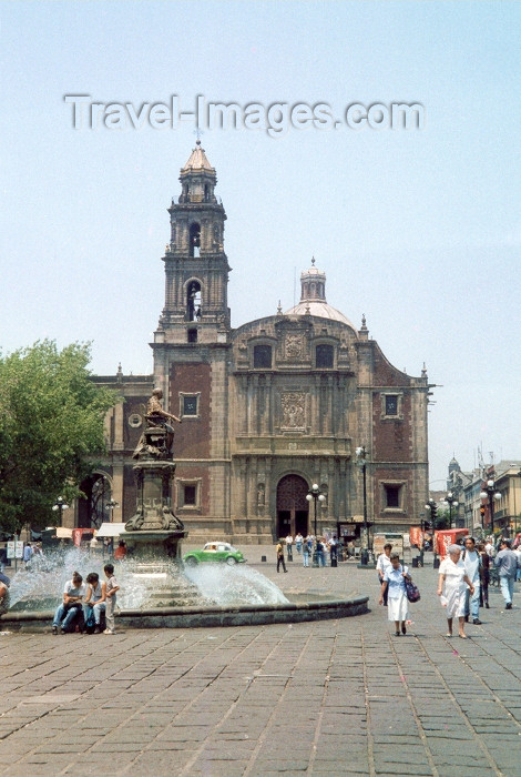 mexico37: Mexico City: church and fountain / iglesia  y fuente - photo by M.Torres - (c) Travel-Images.com - Stock Photography agency - Image Bank
