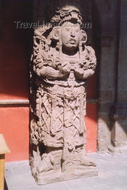 mexico46: Mexico City: Aztec statue - ruins of Tenochtitlan / ruinas de Tenochtitlan - photo by M.Torres - (c) Travel-Images.com - Stock Photography agency - Image Bank