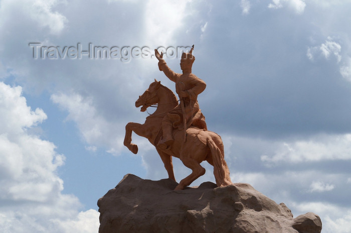 mongolia102: Ulan Bator / Ulaanbaatar, Mongolia: statue of Damdin Sukhbaatar - defeated Ungern von Sternberg and the Chinese - photo by A.Ferrari - (c) Travel-Images.com - Stock Photography agency - Image Bank