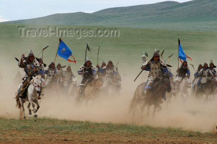 mongolia154: Ulan Bator / Ulaanbaatar, Mongolia: cavalry charge to celebrate the 800th anniversary of the Mongolian state - dust - photo by A.Ferrari - (c) Travel-Images.com - Stock Photography agency - Image Bank