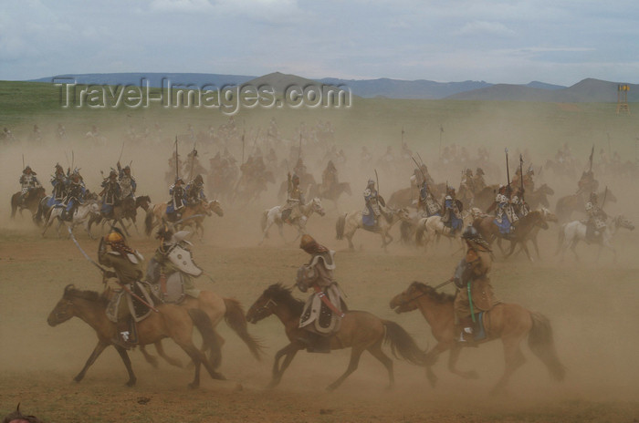 mongolia158: Ulan Bator / Ulaanbaatar, Mongolia: cavalry charge to celebrate the 800th anniversary of the Mongolian state - battle - photo by A.Ferrari - (c) Travel-Images.com - Stock Photography agency - Image Bank