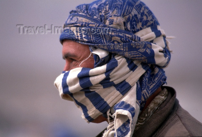 moroc100: Morocco / Maroc - Imilchil: man - profile - photo by F.Rigaud - (c) Travel-Images.com - Stock Photography agency - Image Bank