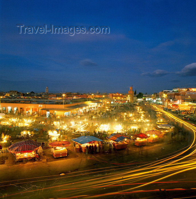 moroc206: Morocco / Maroc - Marrakesh: Place Djemaa el-Fna at night - car lights - long exposure - medina - Unesco world heritage site - photo by W.Allgower - (c) Travel-Images.com - Stock Photography agency - Image Bank