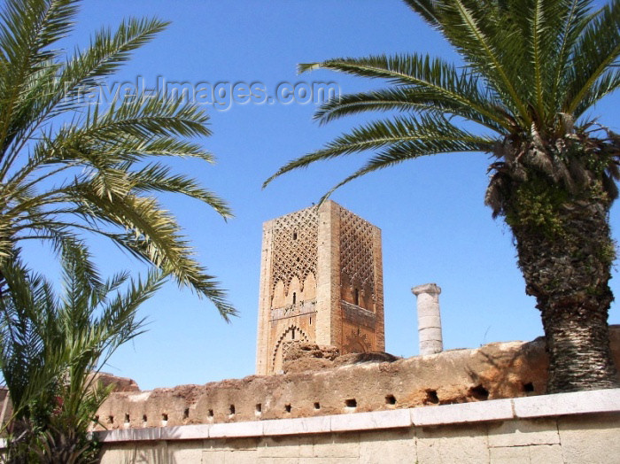 moroc233: Morocco / Maroc - Rabat: Hassan tower in red sandstone - constructed by the berber Almohad ruler Yacoub El Mansour / Tour Hassan - photo by J.Kaman - (c) Travel-Images.com - Stock Photography agency - Image Bank