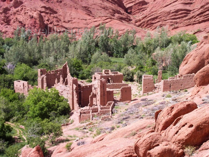 moroc315: Morocco / Maroc - Dades gorge: ruins - photo by J.Kaman - (c) Travel-Images.com - Stock Photography agency - Image Bank