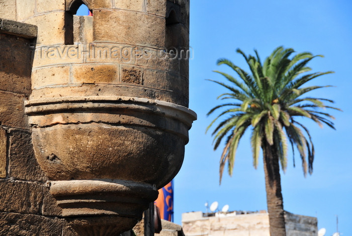 moroc551: Casablanca, Morocco: guerite at the skala - Blvd Sidi Mohammed ben Abdallah - photo by M.Torres - (c) Travel-Images.com - Stock Photography agency - Image Bank
