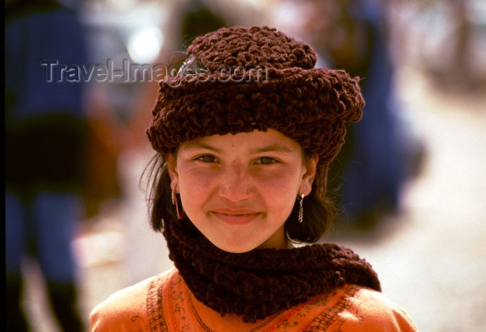 moroc87: Morocco / Maroc - Imilchil: charming teenage girl - future bride - photo by F.Rigaud - (c) Travel-Images.com - Stock Photography agency - Image Bank
