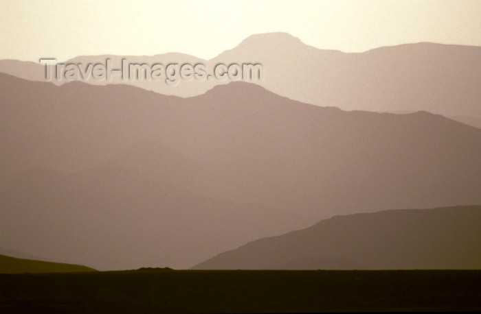 moroc93: Morocco / Maroc - Imilchil: horizon - Atlas Mountains - photo by F.Rigaud - (c) Travel-Images.com - Stock Photography agency - Image Bank
