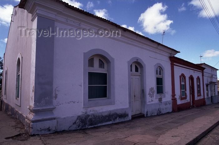 mozambique141: Mozambique / Moçambique - Inhambane: Portuguese colonial houses / casas coloniais - photo by F.Rigaud - (c) Travel-Images.com - Stock Photography agency - Image Bank