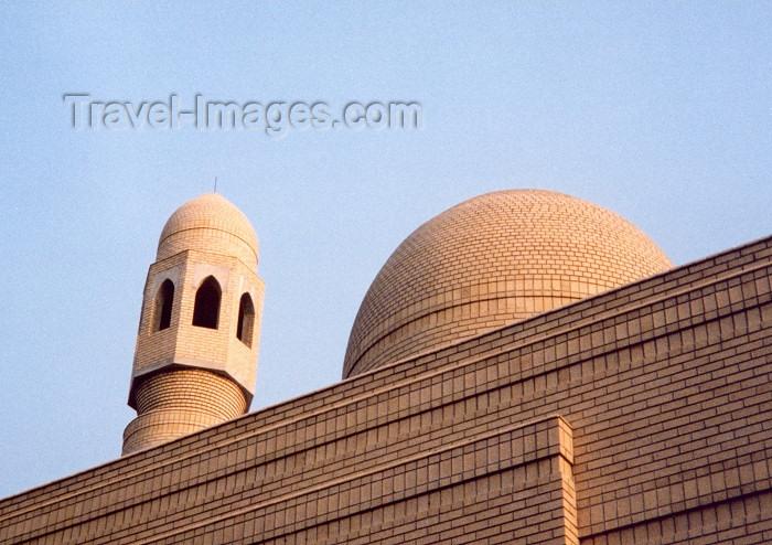mozambique19: Mozambique / Moçambique - Maputo / Lourenço Marques / MPM: the new Mosque - Masjid Taqwa / a nova Mesquita - avenida Agostinho Neto (antiga av. 31 de Janeiro) - photo by M.Torres - (c) Travel-Images.com - Stock Photography agency - Image Bank