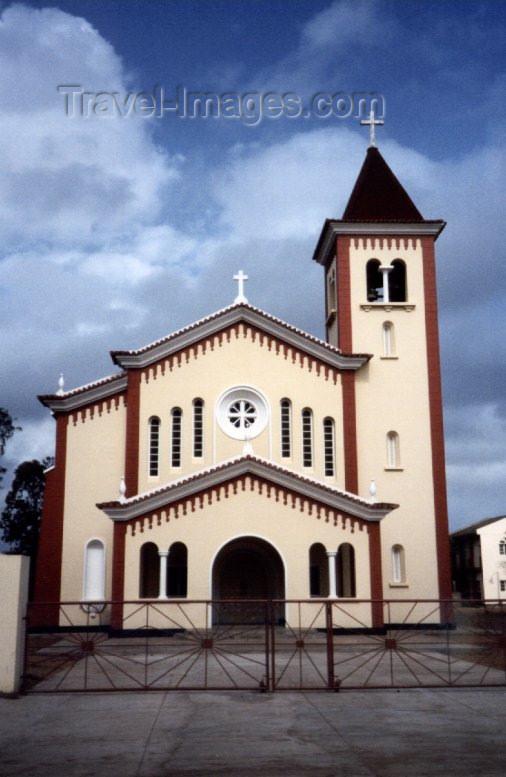 mozambique27: Xai-Xai / Vila João Belo / VJB, Gaza Province: the main church / igreja matriz - photo by M.Torres - (c) Travel-Images.com - Stock Photography agency - Image Bank