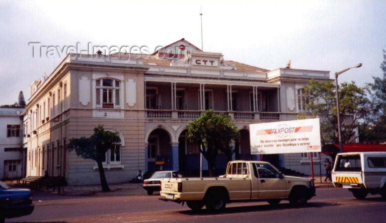 mozambique6: Mozambique / Moçambique - Maputo / Lourenço Marques / MPM : Central Post Office / edifício dos Correiros / CTT (avenida 25 de Setembro) - photo by M.Torres - (c) Travel-Images.com - Stock Photography agency - Image Bank