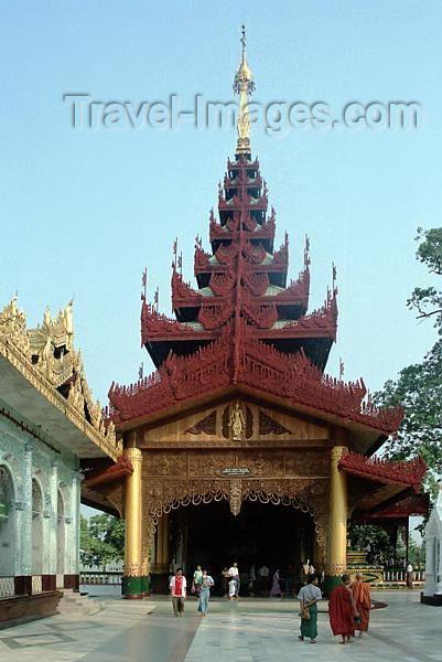 myanmar178: Myanmar / Burma - Yangon / Rangoon: Shwedagon pagoda (photo by J.Kaman) - (c) Travel-Images.com - Stock Photography agency - Image Bank