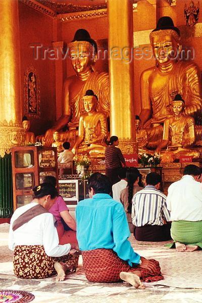 myanmar179: Myanmar / Burma - Yangon / Rangoon: praying in Shwedagon pagoda (photo by J.Kaman) - (c) Travel-Images.com - Stock Photography agency - Image Bank
