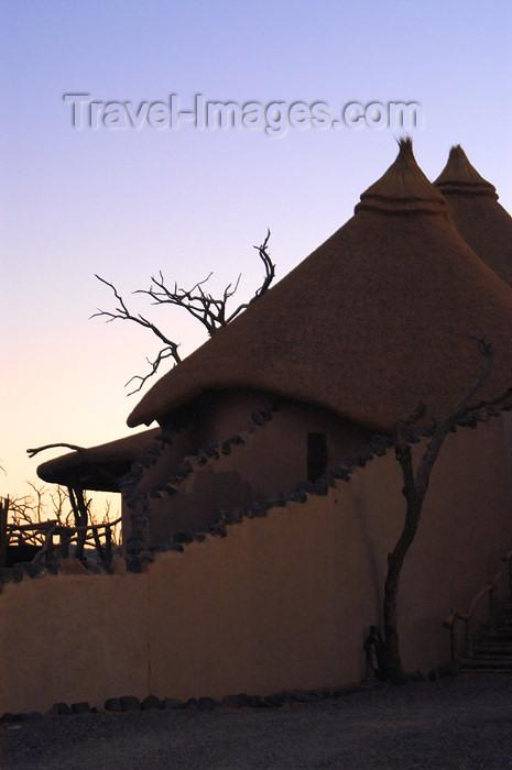 namibia160: Namibia: Little Kulala Lodgeat dusk at dusk - Sossusvlei - photo by B.Cain - (c) Travel-Images.com - Stock Photography agency - Image Bank