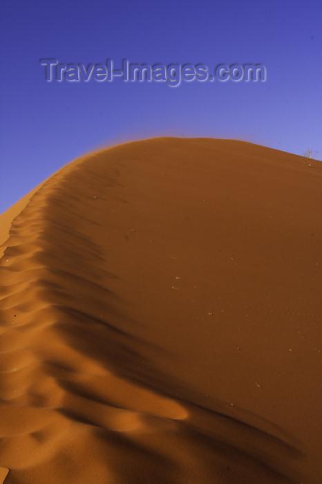 namibia205: Namib Desert - Sossusvlei, Hardap region, Namibia: sand crescent formed by the wind - photo by Sandia - (c) Travel-Images.com - Stock Photography agency - Image Bank