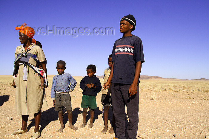 namibia214: Erongo region, Namibia: Damara people - on the road, close to Tropic of Capricorn - photo by Sandia - (c) Travel-Images.com - Stock Photography agency - Image Bank