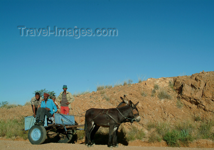 namibia34: Namibia: mountain transport - cart - photo by J.Banks - (c) Travel-Images.com - Stock Photography agency - Image Bank