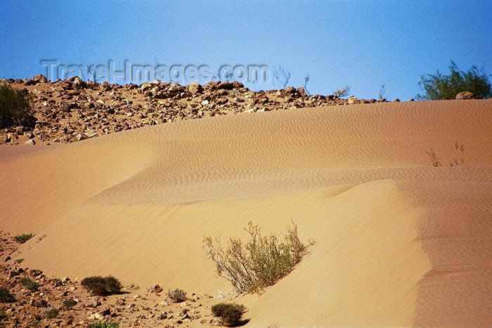namibia66: Namibia - Rosh Pinah: desert - dunes - photo by J.Stroh - (c) Travel-Images.com - Stock Photography agency - Image Bank