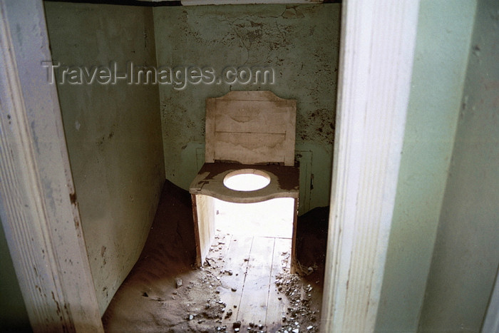 namibia69: Namibia - Kolmanskop, Karas Region: antique toilet - photo by J.Stroh - (c) Travel-Images.com - Stock Photography agency - Image Bank