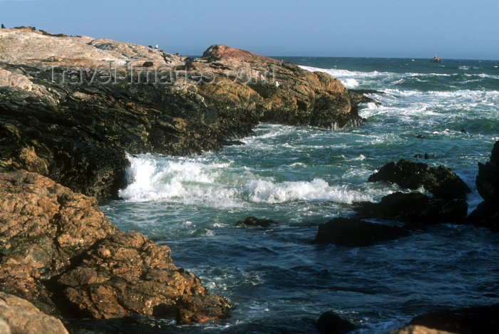 namibia80: Namibia - Luderitz - Dias Point / Dias Cross: rocky coast - photo by G.Friedman - (c) Travel-Images.com - Stock Photography agency - Image Bank