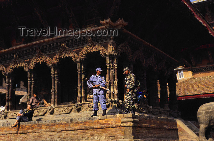 nepal266: Kathmandu, Nepal: armed soldiers in the city center - Nepalese Army - photo by W.Allgöwer - (c) Travel-Images.com - Stock Photography agency - Image Bank