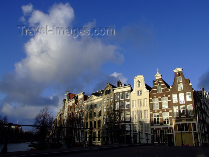 nether208: Netherlands - Amsterdam - sunny fa&#231;ades - photo by Michel Bergsma - (c) Travel-Images.com - Stock Photography agency - Image Bank