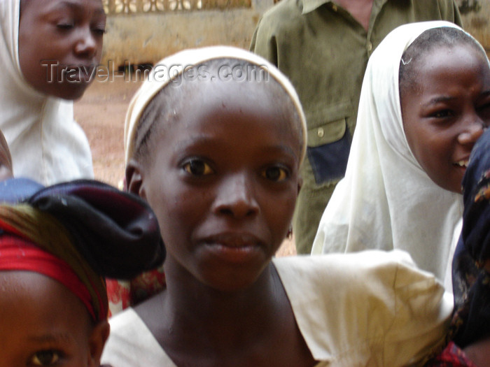 nigeria32: Nigeria - Daura - Katsina State: Hausa girls - photo by A.Obem - (c) Travel-Images.com - Stock Photography agency - Image Bank