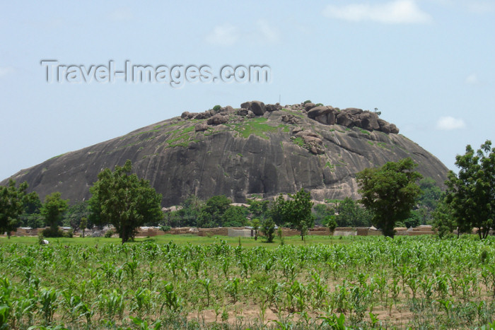 nigeria36: Nigeria - Rano (Kano State): mountain - rock - photo by A.Obem - (c) Travel-Images.com - Stock Photography agency - Image Bank