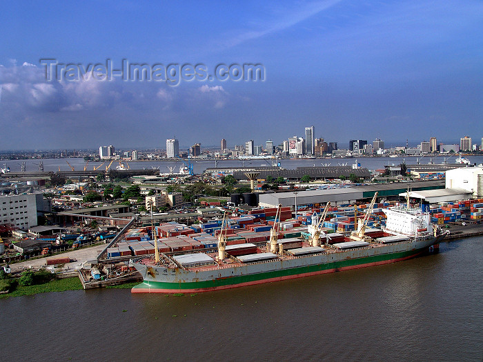 nigeria46: Nigeria - Lagos: skyline and harbour - aerial view - photo by A.Bartel - (c) Travel-Images.com - Stock Photography agency - Image Bank