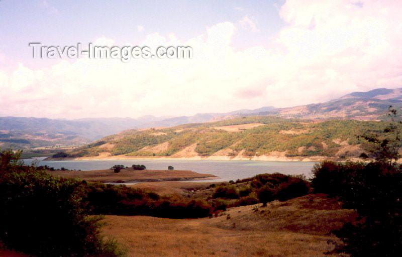 nk11: Nagorno Karabakh - Dirimbon: the Sarsang reservoir (photo by M.Torres) - (c) Travel-Images.com - Stock Photography agency - Image Bank