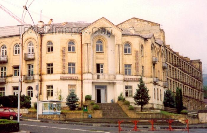nk13: Nagorno Karabakh - Xankandi / Stepanakert: hotel Karabakh (photo by M.Torres) - (c) Travel-Images.com - Stock Photography agency - Image Bank