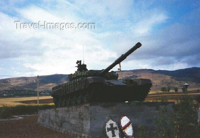 nk28: Nagorno Karabakh - Askeram: T-72 battle tank covered in reactive armour - photo by M.Torres - (c) Travel-Images.com - Stock Photography agency - Image Bank