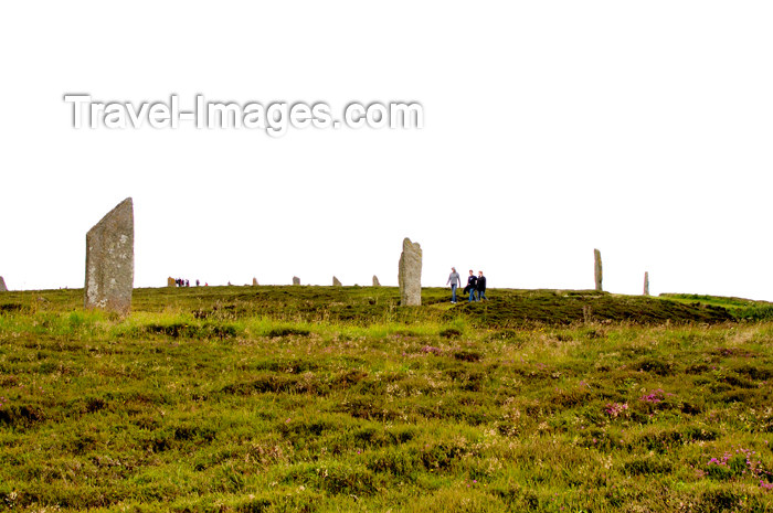 orkney33: Orkney island, Mainland - Because the interior of the Ring o' Brodgar has never been fully excavated or scientifically dated, the monument's age remains uncertain. However, it is generally thought to have been erected between 2500 BC and 2000 BC, and was  - (c) Travel-Images.com - Stock Photography agency - the Global Image Bank