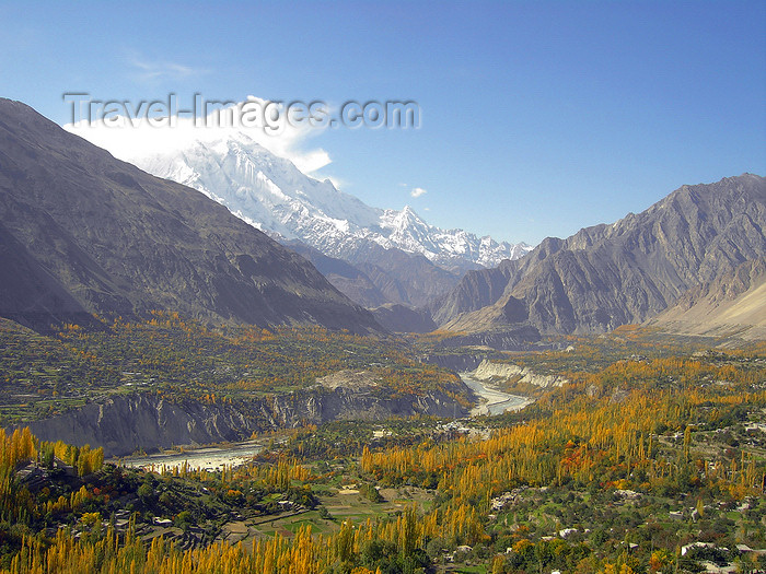 pakistan170: Karimabad / Baltit - Northern Areas, Pakistan: the village and the Hunza Valley seen from Baltit fort - KKH - photo by D.Steppuhn - (c) Travel-Images.com - Stock Photography agency - Image Bank