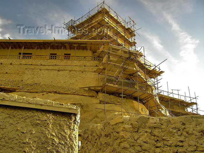 pakistan176: Altit village, Karimabad - Hunza valley, Northern Areas, Pakistan: Altit fort under renovation - photo by D.Steppuhn - (c) Travel-Images.com - Stock Photography agency - Image Bank