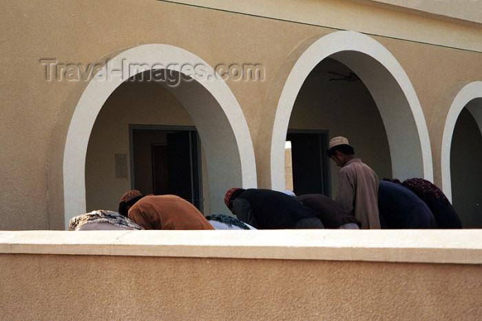 pakistan38: Pakistan - Mirjave - Baluchistan: prayer time - mosque - photo by J.Kaman - (c) Travel-Images.com - Stock Photography agency - Image Bank