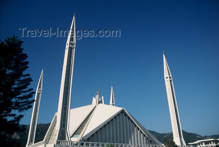 pakistan65: Islamabad, Pakistan: Faisal mosque, said to be the largest in Asia - photo by R.Zafar - (c) Travel-Images.com - Stock Photography agency - Image Bank