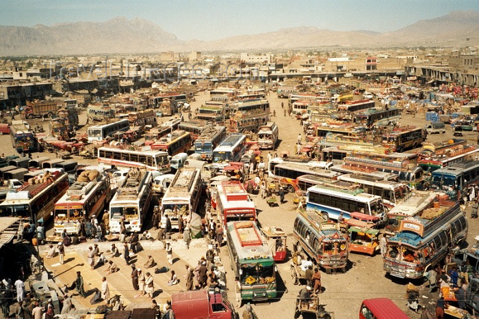 pakistan9: Pakistan - Quetta (Baluchistan / Balochistan): Bus terminal from above / Autobusové nádraží - Kvéta - photo by J.Kaman - (c) Travel-Images.com - Stock Photography agency - Image Bank