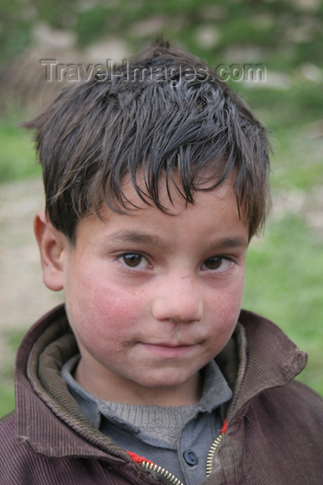 pakistan92: Jabbar, Siran Valley, North-West Frontier Province, Pakistan: gentle little boy - photo by R.Zafar - (c) Travel-Images.com - Stock Photography agency - Image Bank