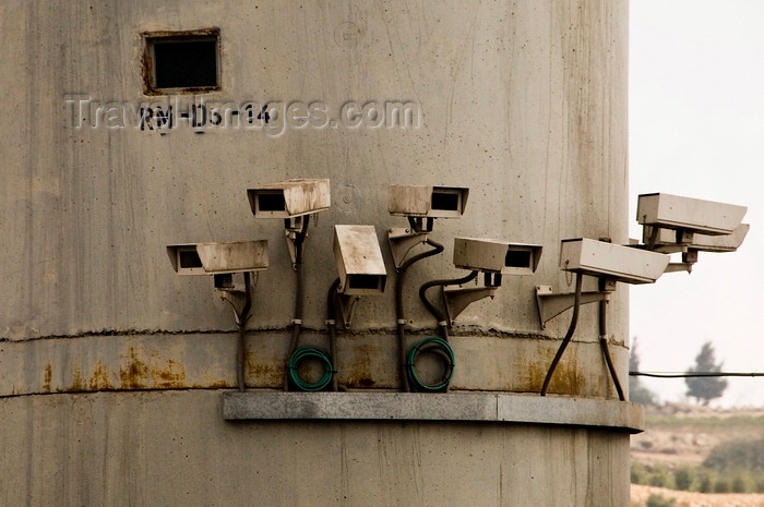 palest19: West Bank, Palestine: watch tower CCTV cameras - intrusion detection - photo by J.Pemberton - (c) Travel-Images.com - Stock Photography agency - Image Bank