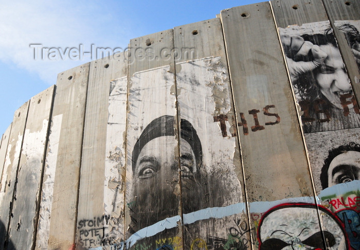 palest46: Bethlehem, West Bank, Palestine: faces on the Israeli West Bank barrier - fortified slabs of concrete - photo by M.Torres - (c) Travel-Images.com - Stock Photography agency - Image Bank