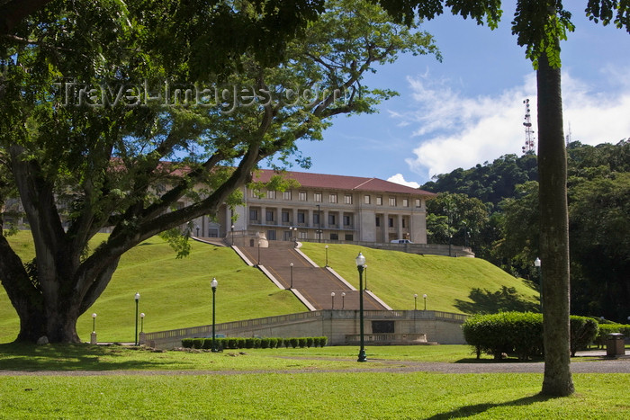 panama506: Panama canal: corutu tree and Panama Canal Authority Administration building - landscape architect William Lyman Phillips - Balboa - photo by H.Olarte - (c) Travel-Images.com - Stock Photography agency - Image Bank