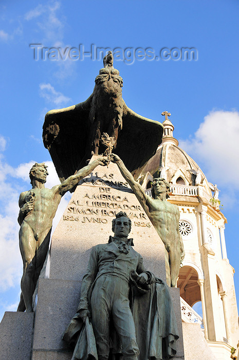 panama68: Panama City / Ciudad de Panamá: Simon Bolivar monument - the only statue of Bolivar where his is portrayed in civilian garments - Parque Bolivar - Casco Viejo - photo by M.Torres - (c) Travel-Images.com - Stock Photography agency - Image Bank
